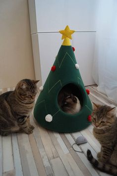Christmas tree cat house, Cat furniture, Christmas gift, Pet furniture, Cat teepee, Dog bed, Gift idea  Bright and festive cat house that looks like Christmas tree. Made of soft fleece material. Has two variants of decoration. Decorated with yellow felt star on the top. Comes with