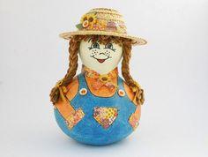 Farmer Girl Gourd Doll, Gourd Art Doll, Folk Art Doll, Primitive Gourd Doll by myladyofgourds on Etsy https://www.etsy.com/listing/177815065/farmer-girl-gourd-doll-gourd-art-doll