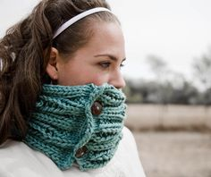 Women's Cowl Chunky Knitting Pattern - Holy Cowl (pattern PDF). $4.50, via Etsy.