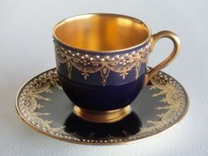Porcelain cup and saucer set by Royal Worcester, England 1922
