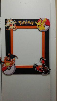 Cabina de fotos de cumpleaños de Pokemon por AlondrasDesigns