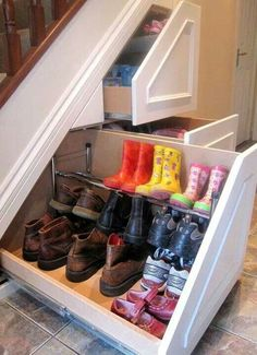 Love this idea for storage spaces under the stairs, which is usually either a wasted space or a really difficult to enter storage space.