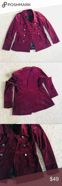 🤩 [size: S] Calvin Klein Jeans Faux Velvet Coat Great condition CK women's velvet like coat! Only worn a few times and still in amazing condition. Accepting all reasonable offers and able to ship the same day.  Size: S Calvin Klein Jackets & Coats