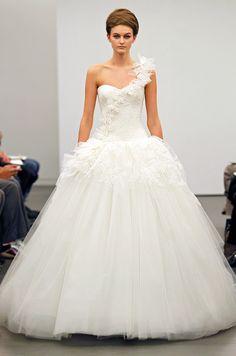 New wedding dress from Vera Wang, Fall 2013