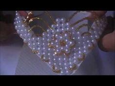 Renda Francesa Com Um Toque Especial - Costurando Renda Francesa - YouTube Beading Tutorials, Bead Weaving, Fun Crafts, Crochet Patterns, Brooch, Beads, Crystals, Sewing, Rose