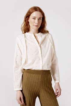 This blouse is a handmade treasure: every single detail has been stitched with love to make you shine. Stitch, Clothes For Women, Detail, Blouse, Long Sleeve, Sleeves, How To Make, Handmade, Stuff To Buy