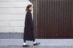 minimalist dressing, classic black coat simple outerwear and flats