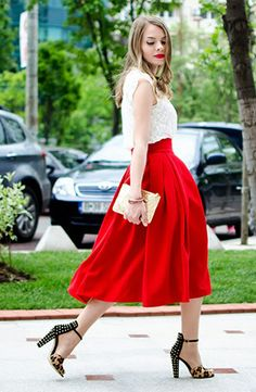 bright red full skirt. perfect for the 4th! #4thofJuly #patriotic