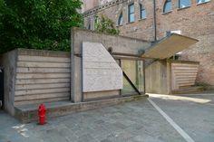 Entrance of IUAV, by Carlo Scarpa