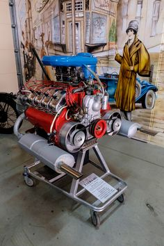 2472 ccm, 105 HP - the engine had a massive power reserve, the ejector version with four double carburetors was used for Rallye Monte Carlo. Car Engine, Classic Collection, Old Cars, Cars And Motorcycles, Classic Cars, Engineering, Museum, Socialism, Olaf