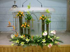 Selecting The Flower Arrangement For Church Weddings – Bridezilla Flowers City Flowers, Altar Flowers, Church Flower Arrangements, Wedding Ceremony Flowers, Church Flowers, Beautiful Flower Arrangements, Flower Bouquet Wedding, Fresh Flowers, Floral Arrangements