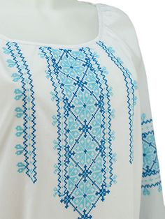 Exeptional women's embroidery with belt in a blue-coloured cross-stitch