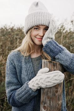 Nordic Yarns and Design since 1928 Loom Knitting, Knitting Patterns, Crochet Patterns, Free Knitting, Crochet Bows, Crochet Yarn, Mode Plein Air, Knitted Hats Kids, Knit Hats