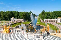 Peterhof Palace Gardens, one of St Petersburg's outstanding sights. Looks out onto the gulf of Finland