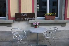 BRUNCH-aholics | My Little Fribourg Où bruncher à Fribourg Brunch, Outdoor Furniture Sets, Outdoor Decor, Home Decor, Decoration Home, Room Decor, Brunch Party, Interior Decorating