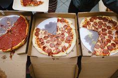 Hochzeitsessen Pizza Rehearsal Dinners - New Site Rehearsal Dinner Etiquette, Rehearsal Dinner Food, Fall Rehearsal Dinners, Rehearsal Dinner Decorations, Rehearsal Dinner Dresses, Dinner Themes, Wedding Rehearsal, Dinner Ideas, Rehearsal Dinner Alternatives