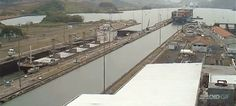The mesmerizing traffic of the Panama Canal in a fascinating time lapse
