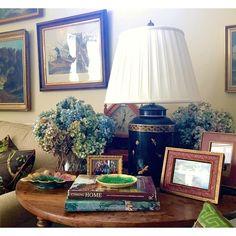 Karen Keysar tablescape with hydrangeas & majolica