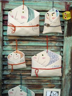 These are so charming can you imagine what message you could stamp on the clay so stinkin amazing – Artofit Ceramics Projects, Clay Projects, Clay Crafts, Slab Pottery, Ceramic Pottery, Pottery Art, Clay Classes, Cerámica Ideas, Kids Clay