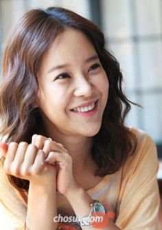 Singer Baek Ji-young is pregnant, her management agency said in a press release on Thursday. Baek Ji Young, Kpop, King Queen, Korean Drama, Kdrama, Pregnancy, Tours, Singer, Queens