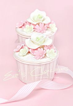 Cute cupcakes in pink and lime.