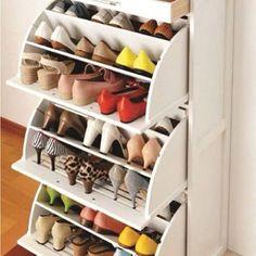 Gente, olha que bacana esse organizador de sapatos! Adorei a ideia das gavetas!  {Pinterest} -------------------------------------------------- Conheça nossos IG's parceiros:  @entretenimentosocial @studiogourmet_ --------------------------------------------------  Use a hashtag {eucurtomeunovoapê} e tenha sua foto divulgada em nosso site!  Importante: O perfil precisa estar aberto.