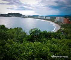 Por cierto recientemente Playa El Palmar fue certificada por ser una de las más limpias de México por la Comisión Nacional del Medio Ambiente. #DondePuedesEstar http://ift.tt/1m3yoTN