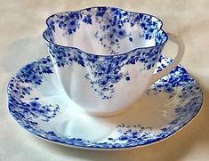 Shelley-English-Bone-China-Dainty-Blue-Teacup-amp-Saucer-Porcelain-051-28-Perfect