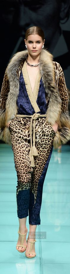 winter jumpsuit with Animal print best outfits Leopard Fashion, Animal Print Fashion, Fashion Prints, Animal Prints, Fur Fashion, Divas, Fabulous Furs, Stylish Handbags, Couture