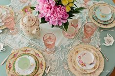so cute shabby chic tea party (click on link to be taken to a great blog site)