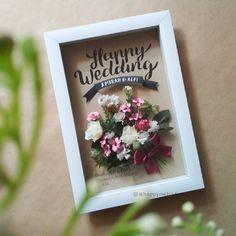 Home art work frames 33 ideas Flower Box Gift, Flower Boxes, Flower Frame, Flower Cards, Paper Flowers, Pop Up Frame, Box Frames, 3d Quilling, Wedding Congratulations