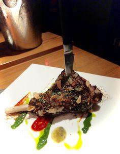 Japanese fusion cuisine - Souris d'agneau aux épices japonaises et sauce au jalapeño - www.iloli-restaurant.com