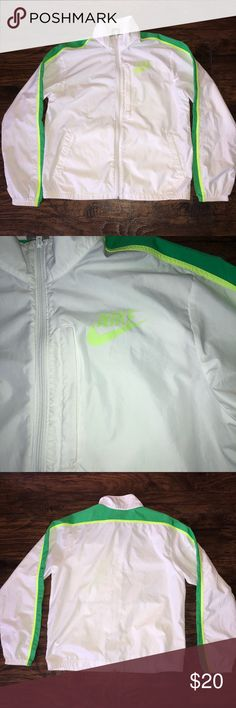 Nike windbreaker Men's Nike windbreaker!  Men's size medium fits like a women's xl! Tags: Gucci vintage polo Ralph Lauren crew neck big flag champion shoes boxers socks Calvin Klein Nike adidas hat tommy jeans authentic and original air max under armour logo new balance Columbia north face puma Burberry Patagonia windbreaker) Nike Jackets & Coats Windbreakers