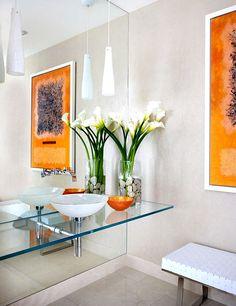 Bathroom in stunning modern beachfront house | Baño de preciosa casa de playa moderna · ChicDecó