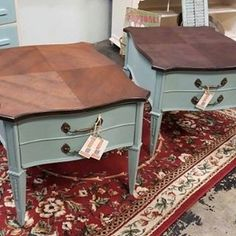 Petra Cook painted these unique coffee tables with Vintage Duck Egg Blue and No Pain Gel Stain! What Dixie Belle Paint product are you going to try next? #bestpaintonplanetearth