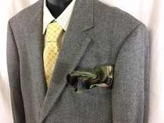 Brooks Brothers Mens Sport Coat Size 45R Herringbone Lambswool Italy 2 Button #BrooksBrothers #TwoButton