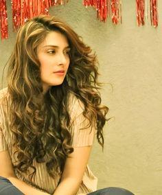 Aiza  khan. Pakistani Girl, Pakistani Actress, Bollywood Actress, Ayeza Khan, Mahira Khan, Real Beauty, Hair Beauty, Aiman Khan, Stylish Girl Pic