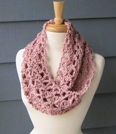 PATTERN C-025 / Crochet Pattern / Delilah Cowl by BellaMaePatterns