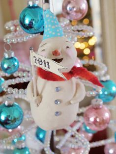 Let's Make a  Snowman Ornament  {by Amy Powers}