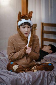 I wanna cuddle him🥰🤎 Korean Actresses, Korean Actors, Korean Drama List, South Korean Women, Lee Shin, Best Kdrama, Korean Drama Series, Weightlifting Fairy Kim Bok Joo, Netflix