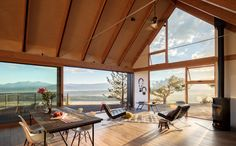 Big Cabin | Little Cabin by Renée del Gaudio Architecture - Photo 4 of 9 - Dwell