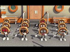 Eti Cinler Parkta Oynuyor Yeni Eti Cin Reklamı    Uzun Versiyon videosunu izleyebilir yada dilerseniz bu videoyu indirebilirsiniz.Youtube video indir