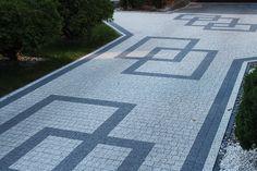 projekty kostki brukowej przed domem | Układanie kostki Biała Podlaska Porady •… Brick Paver Driveway, Concrete Driveways, Concrete Patio, Outdoor Walkway, Outdoor Steps, Outdoor Tiles, Paving Design, Roof Design, Front Garden Landscape