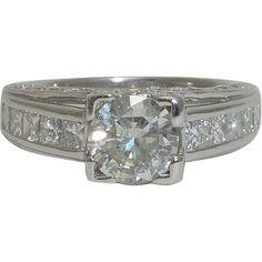 Dazzling 1.82Ct Round & Princess Cut Diamond Engagement Ring