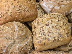 What Is the Difference Between Baking Flour & Plain Flour? Bread Bun, Bread Rolls, Baking Flour, Bread Baking, Pork Pie Recipe, Great Australian Bake Off, Pie Recipes, Cooking Recipes, Shortcrust Pastry