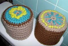Birdies Crochet and Craft: Flower Toilet Paper Cover free pattern