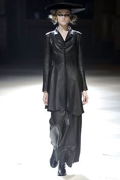 Yohji Yamamoto - Fall 2008 Ready-to-Wear