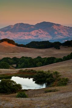 Mount Diablo at sunset as seen from Briones Regional Park, Contra Costa County, California