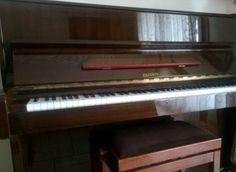 PIANOFORTE VERTICALE EKSTEIN