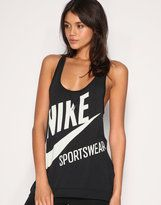 workout tank top! i want!!